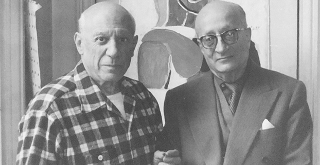 'Picasso and Sabartés with the book Picasso: Portraits et souvenirs'. Canes, 1959. Photography, Edward Quinn. Photography with silver halide (artist's copy), 23.5 x 23.5 cm. Museu Picasso, Barcelona. Edward Quinn  © edwardquinn.com. © Reproductions of Picasso's work: Succession Pablo Picasso, VEGAP, Madrid 2018. CEQ/1/6